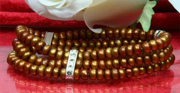 Perlenarmband 3-Reihig mit Strass-Steinen aus Süsswasser Zuchtperlen