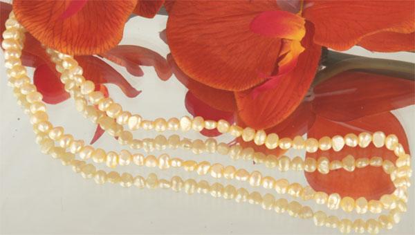 Perlenstrang Echte Zuchtperlen softgold ca. 38cm