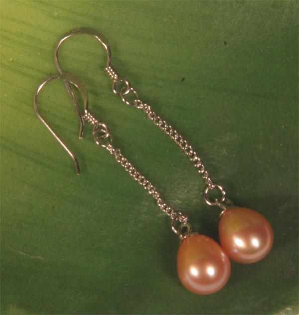 Perlen-Ohrringe Lachsfarben 6-7mm an Silber Kette 925SS O107