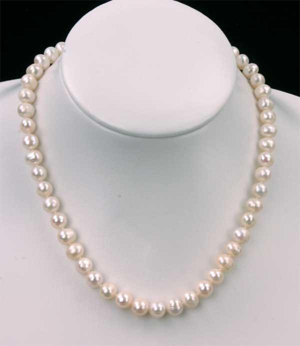 Süßwasser Zucht-Perlenkette -weiss- Länge 45cm