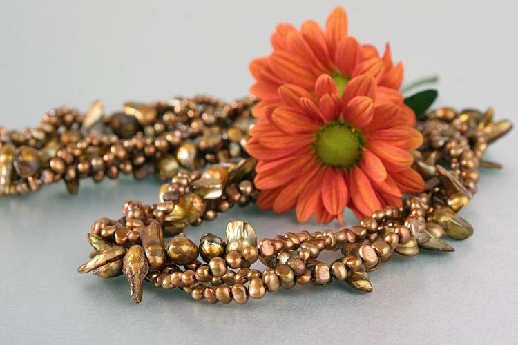Süßwasser Zucht-Perlenkette vierreihig gedreht runde Perlen ca. 2-3mm, große Perlen 10-15mm -bronze, kupfer-