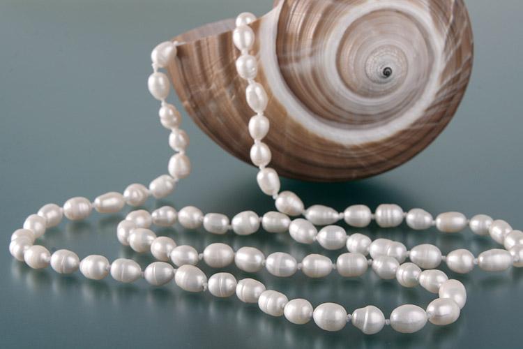 Süßwasser Zucht-Perlen-Kette ca. 150cm -weiß-