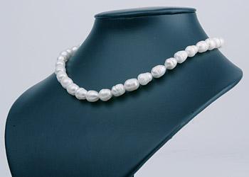 Süßwasser Zucht-Perlen-Strang offen -weiß- p050