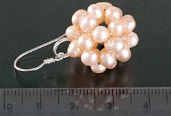 Perlen-Ohrringe aus Süsswasser-Zuchtperlen in Beerenform an Silber Lachsfarben O106