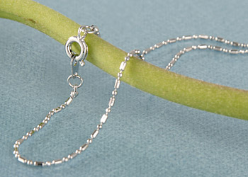 Süßwasser Zucht-Perlen-Kette fünfreihig gedreht -weiß-