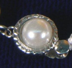 Perlenverschluß an Perlenkette K102